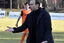 IVAN KOPECKÝ, trenér Vítkovic, se v neděli odpoledne sejde ve Varnsdorfu s bývalým kolegou Zdenkem Frťalou.