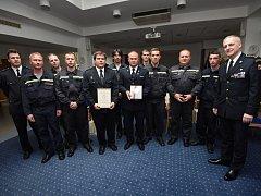 Záchranáři převzali ocenění za loňský zásah ve Studénce.