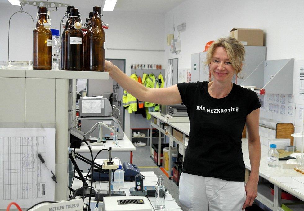 LABORATOŘ, kde Martina Růžičková hlídá veškeré parametry, a to od surovin po výsledné produkty.