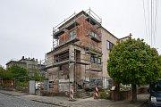 Rekonstrukce domu J. Glazarové v Klimkovicích.