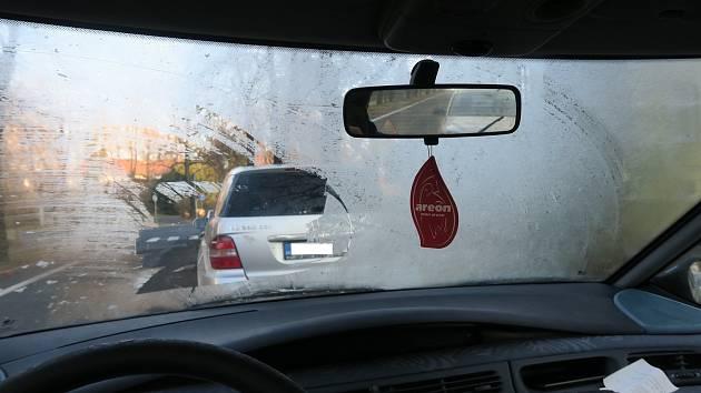 Policisté při svých kontrolách narážejí i na řidiče, kteří jsou schopni usednout i do takových vozidel.