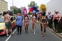 Porubu v sobotu ovládla pouť s karnevalem