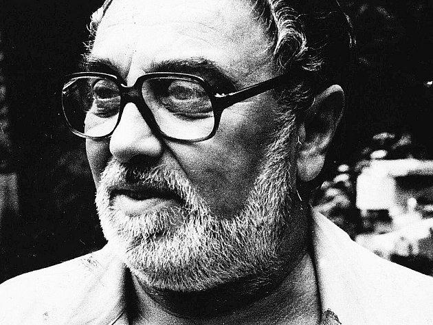 Akademický sochař Vladislav Gajda.