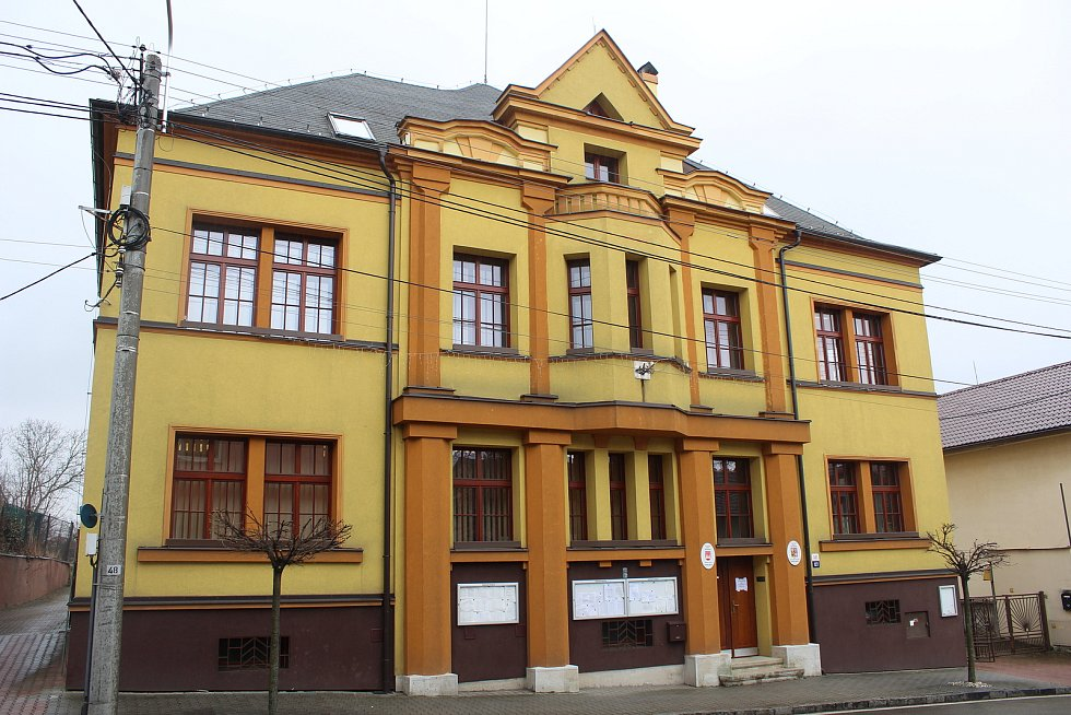 Radnice Staré Bělé.
