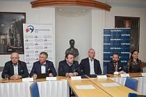 Město Ostrava a Moravskoslezský kraj podepsaly memorandum o spolupráci na Mistrovství světa IIHF v ledním hokeji juniorů 2020