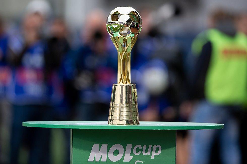 Finále fotbalového poháru MOL Cupu: FC Baník Ostrava - SK Slavia Praha, 22. května 2019 v Olomouci. Na snímku pohár MOL cupu.