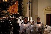 Půlnoční pontifikální mše sv. v katedrála Božského Spasitele, 24. prosince 2018 v Ostravě.