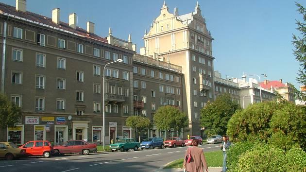 Domy v Porubské ulici, kterým se říká Věžičky. Dnes jsou památkově chráněny, takže je nelze pozměňovat zvenčí ani zevnitř.