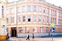 Toto rodinné sídlo postavené v roce 1895 koupilo v roce 1957 od Antonie Palkovské ministerstvo spojů.