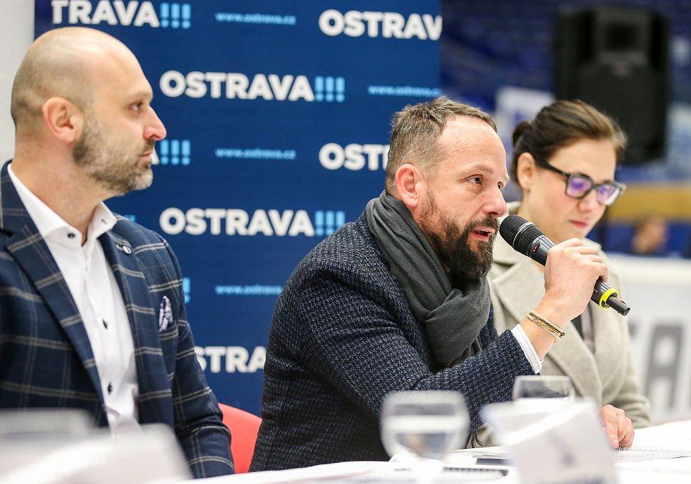 Tisková konference k Mistrovství světa v para hokeji 18. ledna 2019 v Ostravě. Na snímku Jiří Šindler předseda LOC, Tomáš Macura primátor a Andrea Hoffmannová náměstkyně primátora.