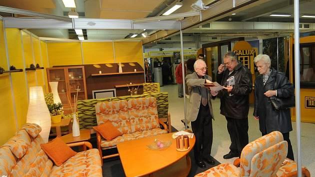 Na výstavě Dům a byt se celkem představuje 110 firem z oblasti stavebnictví, nábytku a dekorací.