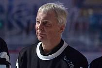 Kapitán posledních hokejových mistrů z Vítkovic Jaroslav Lyčka slaví 70. narozeniny.