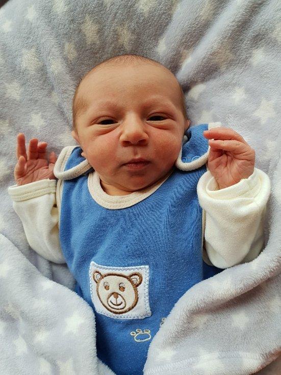 Ondřej Scholaster, Lesní Albrechtice, narozen 15. července 2021 v Opavě, váha 3060 g, míra 49 cm. Foto: Lucie Dlabolová