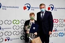 Miroslava Geryková s hejtmanem Ivo Vondrákem.