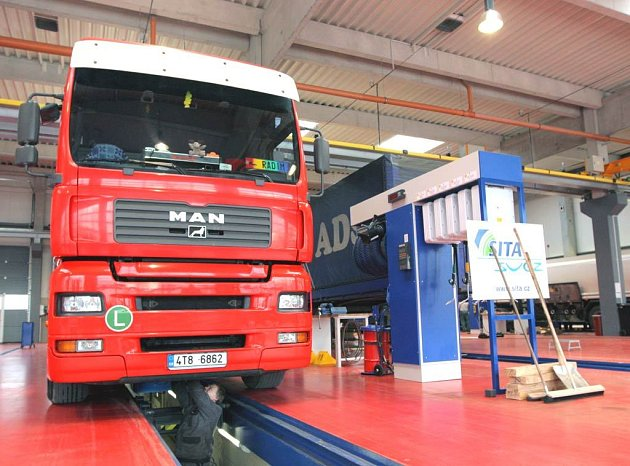 Servisní centrum pro kamiony v Ostravě-Přívoze