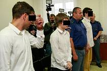 Soud s mladíky obžalovanými z podpálení dřevěného kostela v Gutech na Třinecku.
