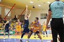 Ústečtí basketbalisté v zápase s Ostravou, KNBL 2020/2021. Foto: Sporty Ústí/Karel Dvořáček