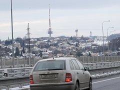 Ostravský úsek dálnice D 47, který byl otevřen loni v prosinci, už musel být opravován. Pod jednou z jeho částí totiž začalo bobtnat podloží a na vozovce se vytvořily nebezpečné vlny.