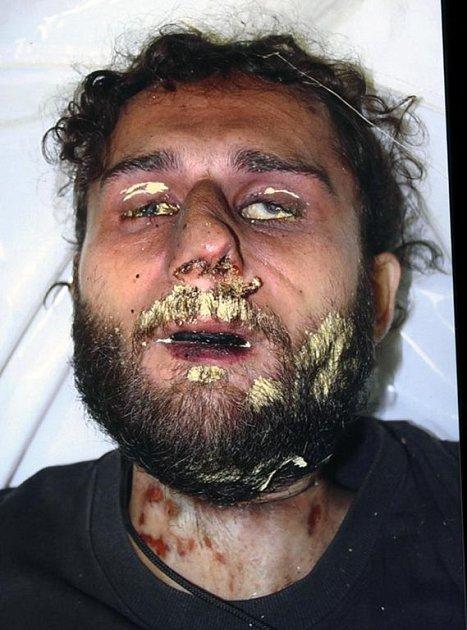 Fotografie dosud neznámého oběšeného muže