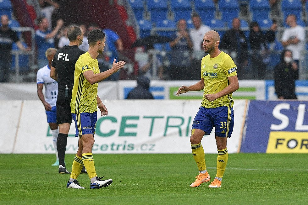 Utkání 2. kola první fotbalové ligy: Baník Ostrava - Fastav Zlín, 1. srpna 2021 v Ostravě. (vpravo) Marek Hlinka ze Zlína.