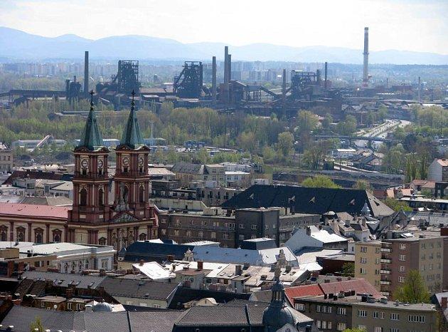 Pohled na Ostravu z věže Nové radnice