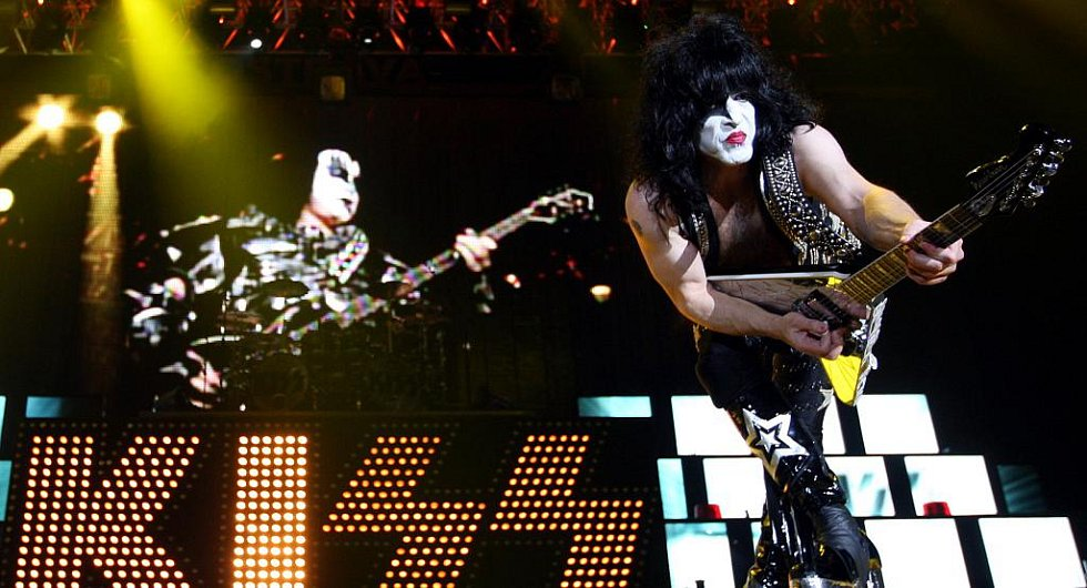 kiss sonic boom over europe
