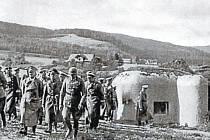 Již týden po Mnichovské dohodě navštívil Hitler Bruntál a prohlédl si zabrané pevnostní pásmo.