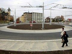 Křižovatku ulic Michálkovická, Hladnovská a Keltičkova ve Slezské Ostravě nahradil kruhový objezd. Ilustrační foto.