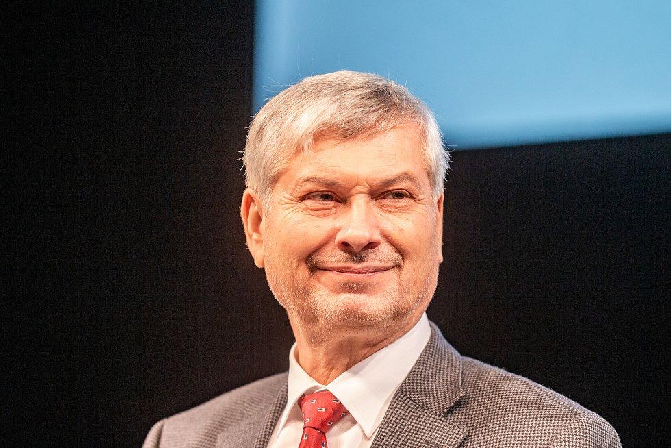 Veřejná debata ostravských primátorů, kteří stáli v čele města po roce 1990, 7. listopadu 2019 v Ostravě. Petr Kajnar.