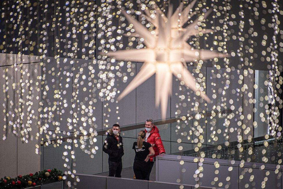 Nákupní centrum Forum Nová Karolina, 12. prosince 2020 v Ostravě.