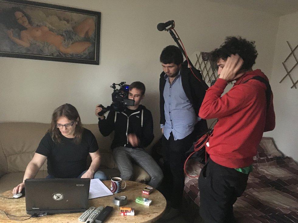 Nová šichta. Natáčení unikátního dokument o proměně havíře v ajťáka.