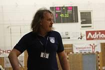 Trenér házenkářek DHC Sokol Poruba Ivo Vávra.