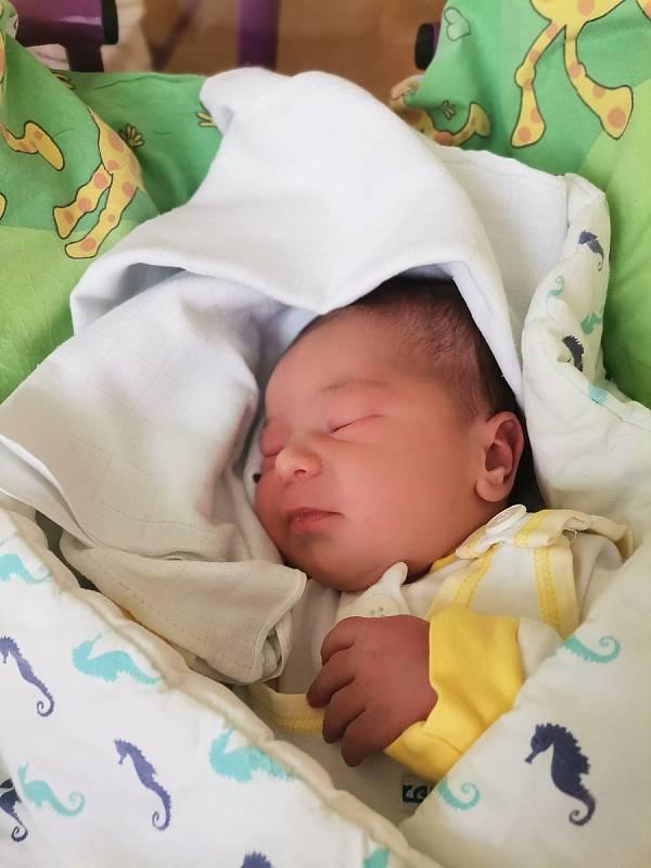 Matěj Skalka, Havířov, narozen 22.9.2021, míra 51 cm, váha 3580 g. Foto: Michaela Blahová
