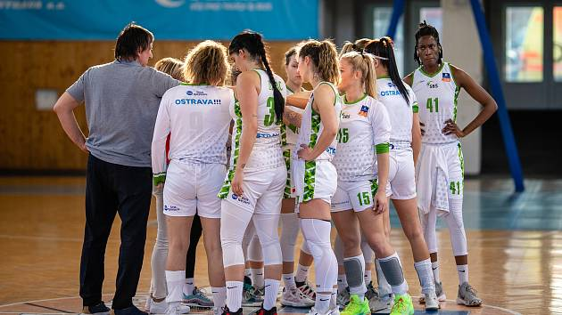 V novém ročníku ligy basketbalistek bude SBŠ Ostrava nastupovat ve změněné sestavě. Posily tým získal na Slovensku i v Srbsku.