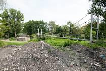 Parkoviště Staví se od roku 2012, přesto není stále hotové. Ostravský magistrát totiž čeká, zda od ministerstva financí dostane prostředky.