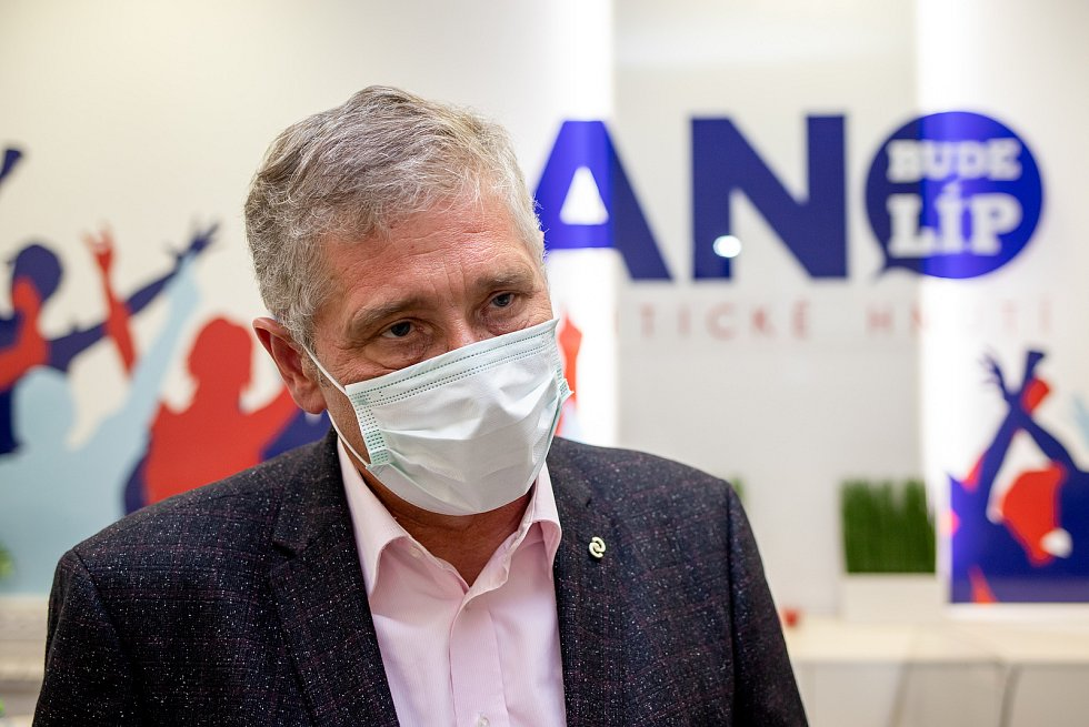 Ivo Vondrák na snímku z volebního štábu ANO v Ostravě, říjen 2020.