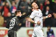Finále fotbalového poháru MOL Cupu: FC Baník Ostrava - SK Slavia Praha, 22. května 2019 v Olomouci. Na snímku (zleva) Masopust Lukáš a Jiří Fleišman.