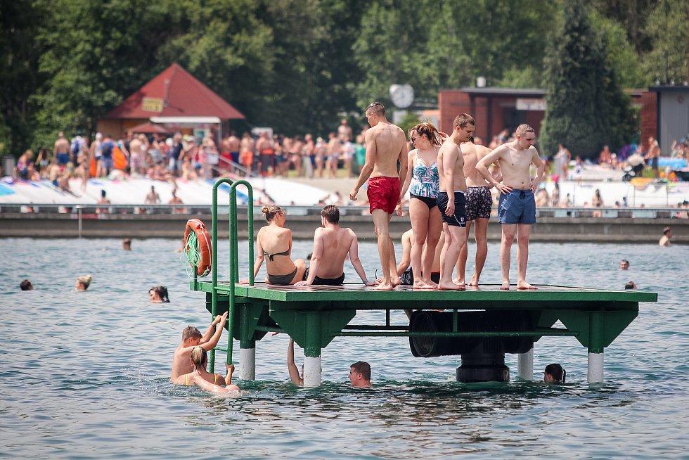 Letní koupaliště Vřesina, 15. června 2019 v Ostravě - Porubě.