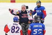 Mistrovství světa v para hokeji 2019, Korea - Česká republika (zápas o 3. místo), 4. května 2019 v Ostravě. Na snímku (zleva) Habl Zdenek (CZE), Herink  Roman, Jang Jong Ho (KOR).
