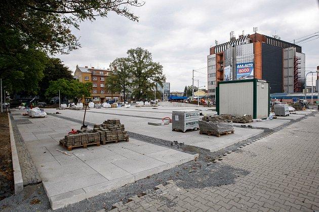 Rekonstrukce náměstí vMariánských horách.