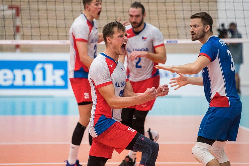 Čeští volejbalisté vstoupí do mistrovství Evropy v Ostravě pátečním zápasem proti Slovinsku.