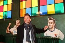 BANÍČEK Restaurant & Football Pub je název nového podniku na Bazalech, kde by se mělo fanouškům fotbalového slezského klubu rozhodně líbit.