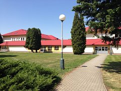 Školní budova