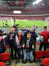 Fanoušci ve Wembley 22. 3. 2019.
