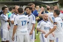 Po dvou a půl letech končí spojení Frenštátu pod Radhoštěm a trenéra Radúze Reka (vzadu uprostřed), jenž po domácí porážce s Polankou rezignoval.