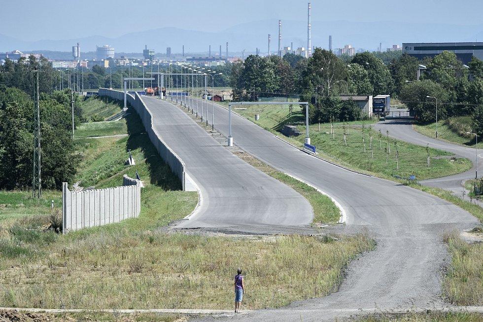 Stavba silnice - Prodloužená Rudná. Ilustrační foto.