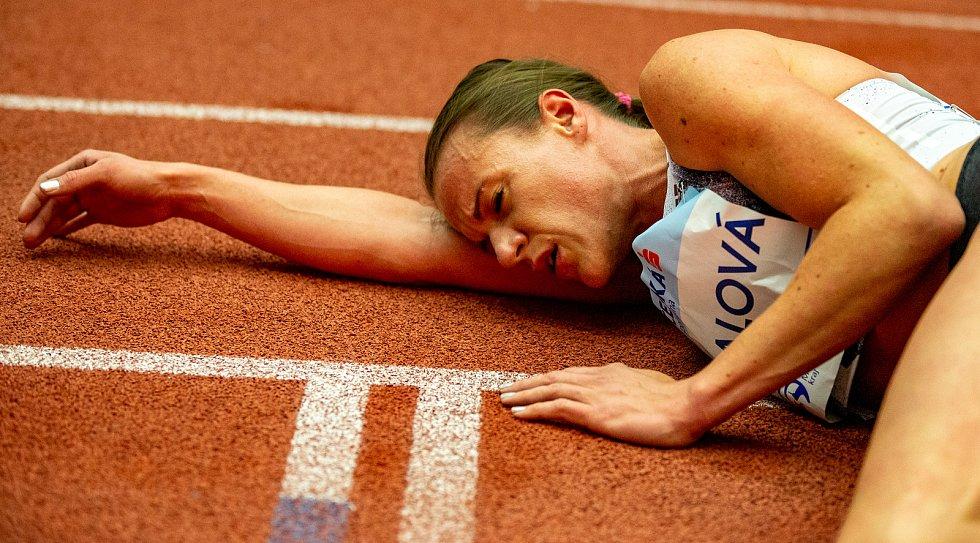 Mezinárodní halový atletický mítink Czech Indoor Gala 2020, 5. února 2020 v Ostravě. Běh 1500m ženy Simona Vrzalová z Česka.