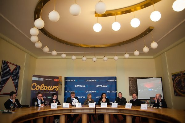 Snímek ztiskové konference