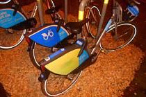 Sotva začala v Ostravě sezona sdílených kol, strážníci zaznamenali poškození prvního bicyklu. Čin má na svědomí pětatřicetiletý muž, který se chystal na noční projížďku Ostravou.
