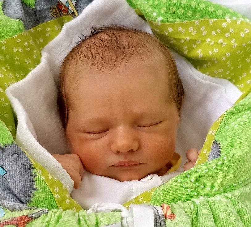 Tobiáš Pindor, Návsí, narozen 5. června 2021, míra 54 cm, váha 3525 g.